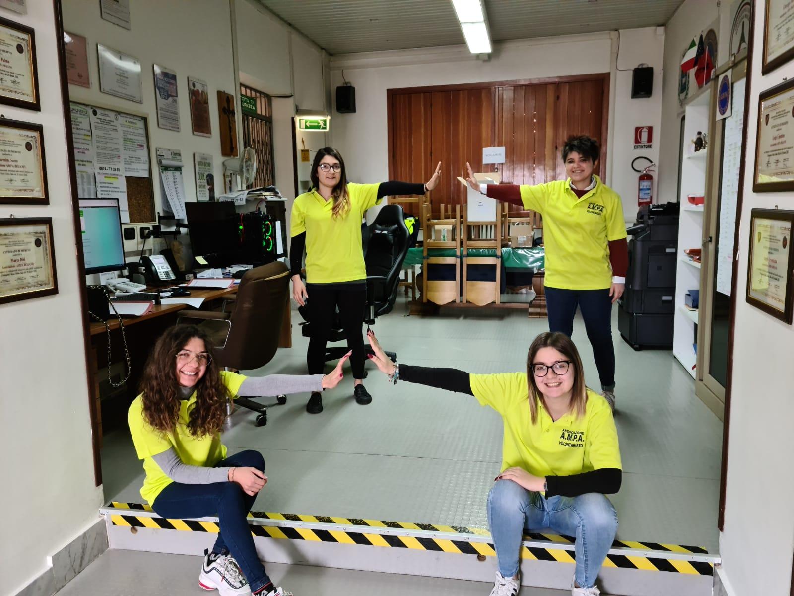 Ampa, volontarie, ragazze (3)